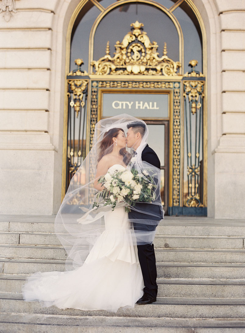 Inspired By The Elegance Of San Francisco S City Hall Debra And Warren Chose To Have A Wedding Old World With Hint Modern