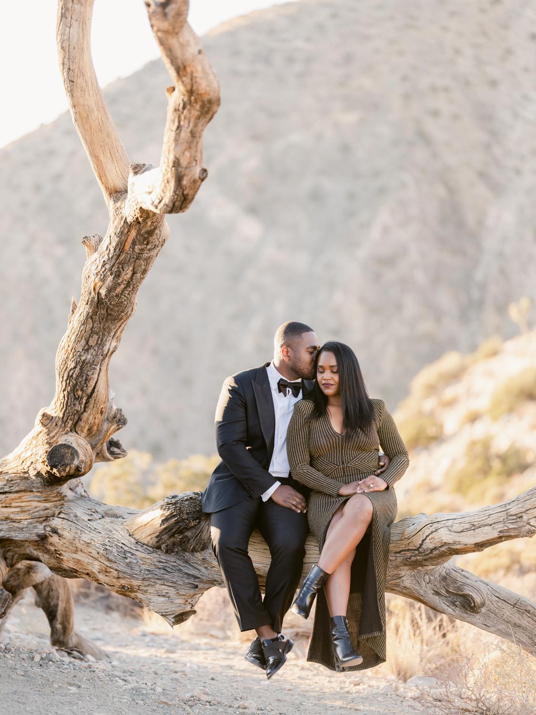 Couple photo shoot in Joshua Tree National Park