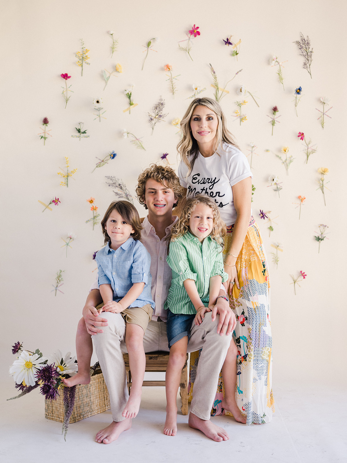 How to color coordinated clothing for family portraits